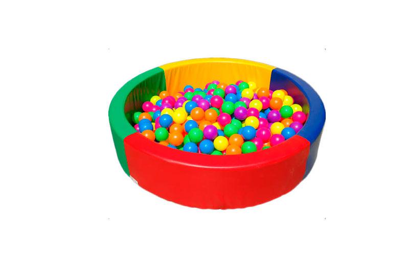 Piscina de pelotas pequeña